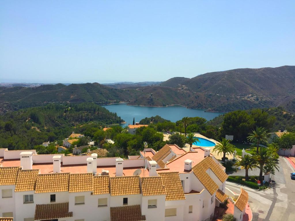 Casa de vacaciones atico duplex de lujo espa a marbella for Booking hoteles de lujo