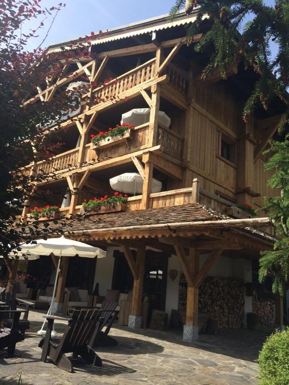 Residence h teli re la renardiere samo ns book your for Residence hoteliere