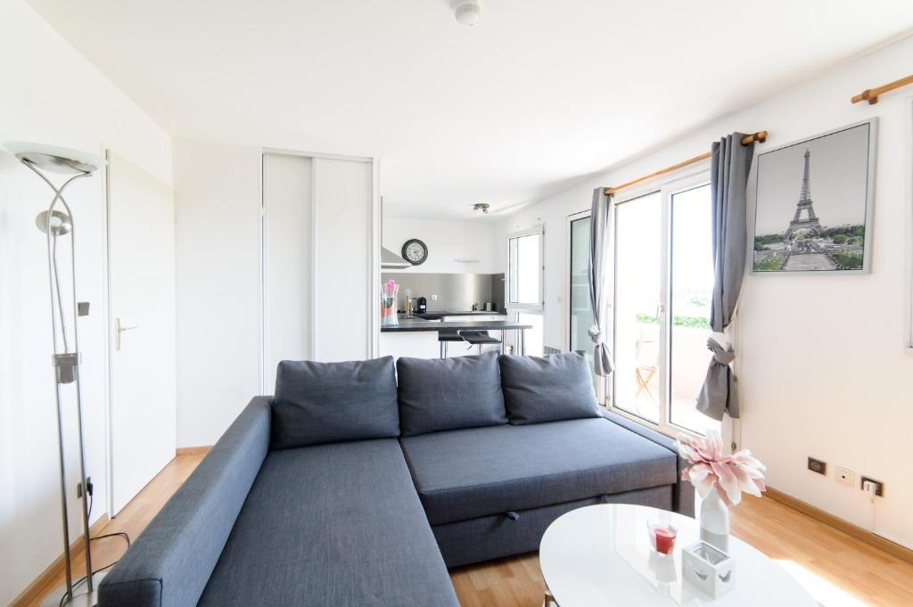 Appartement le marnois locations de vacances noisy le grand - Mini seche linge appartement ...