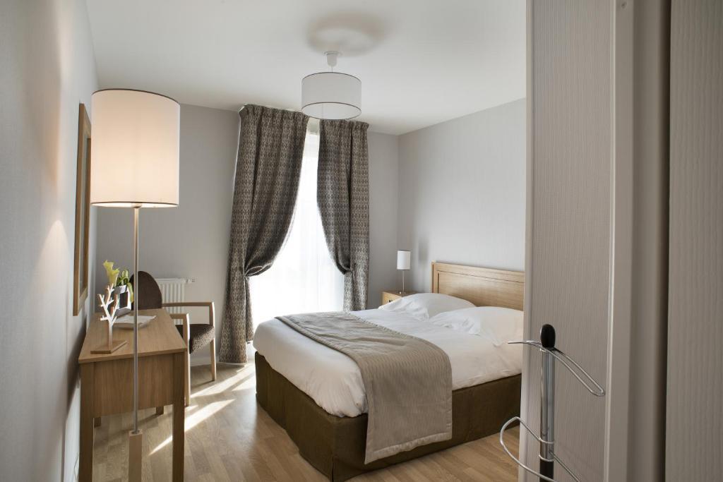 la clef des champs poitiers. Black Bedroom Furniture Sets. Home Design Ideas