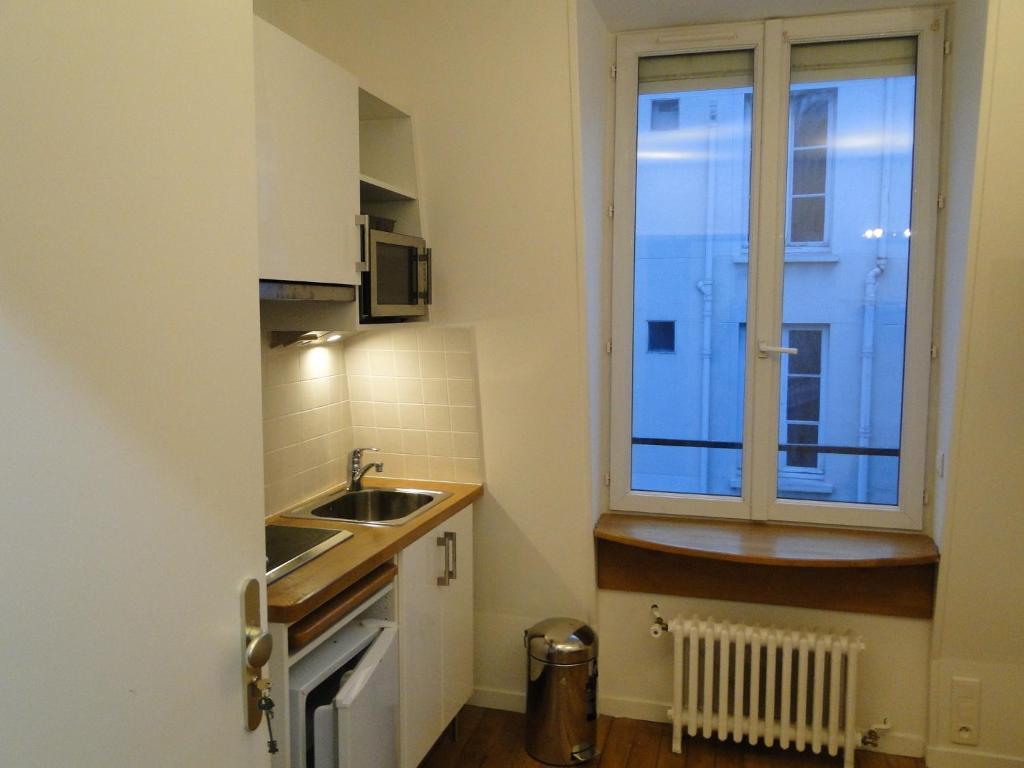 Hotel Rue Danton Levallois Perret