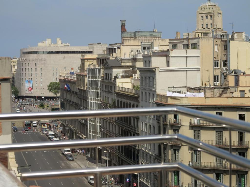Serennia exclusive rooms barcellona prenotazione on for Barcellona albergo economico