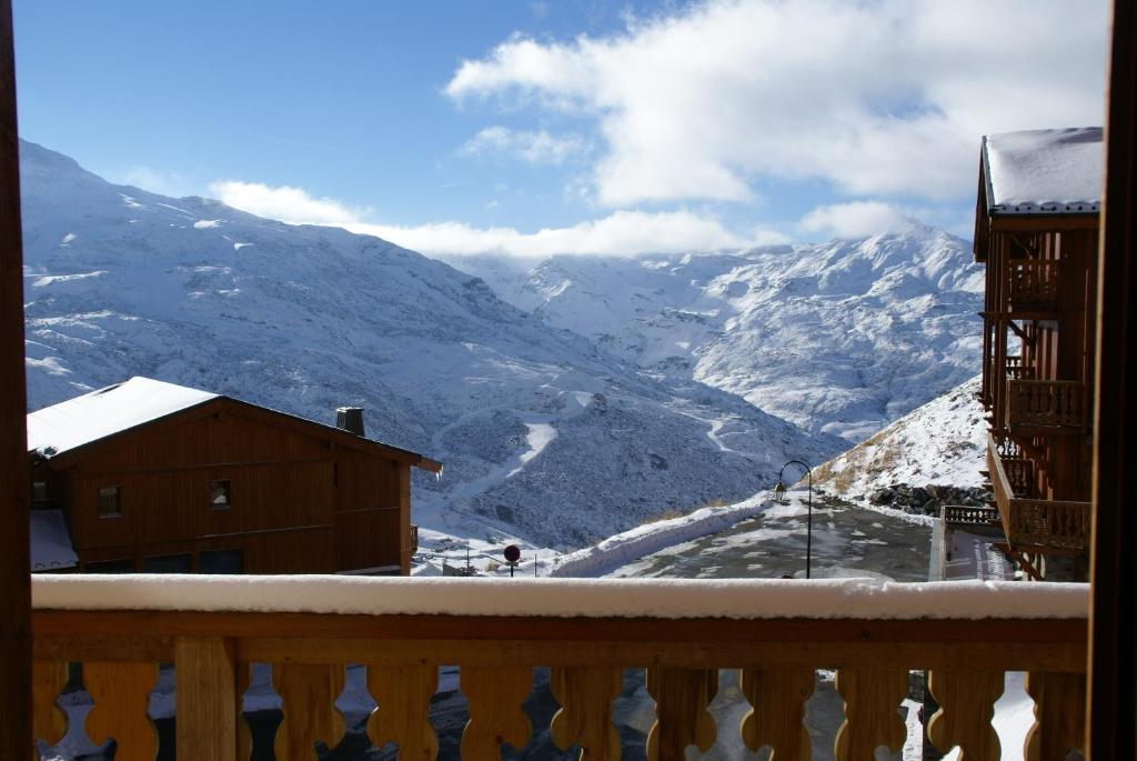 chalet altitude val thorens booking