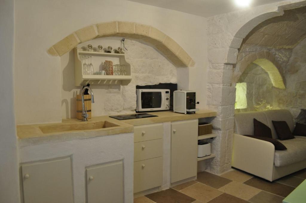 Appartamento 30 metri quadri italia ostuni for Quadri per appartamento