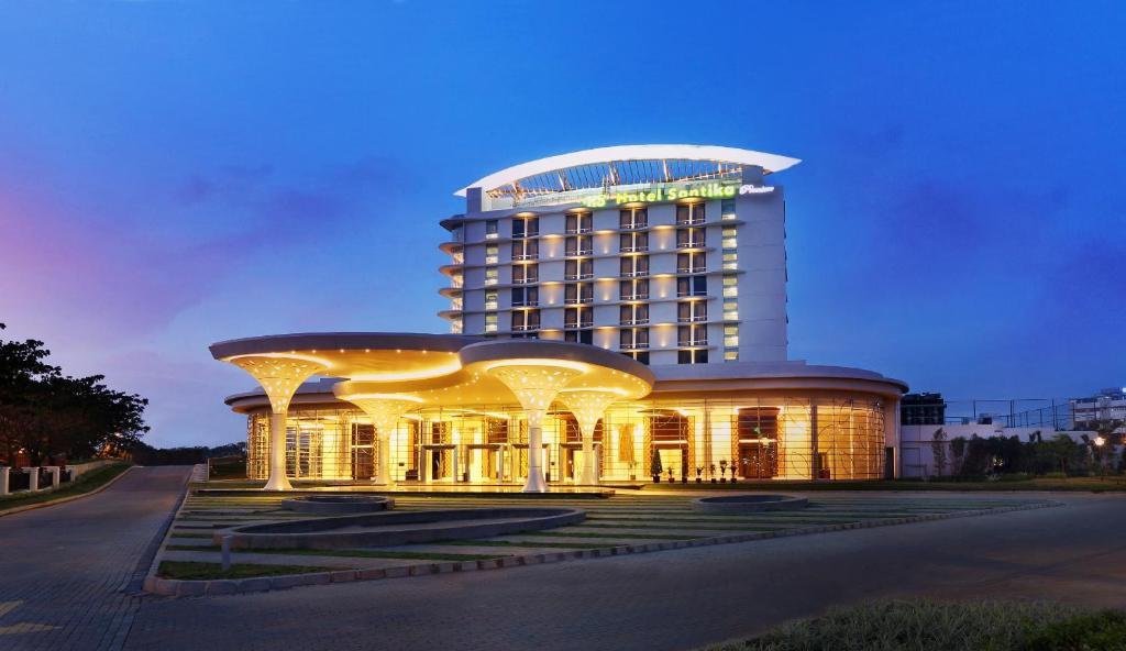 Hotels In Bekasi Barat