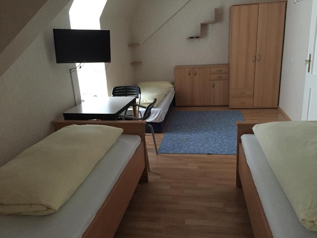 jugend hotel n rnberg norimberga prenotazione on line viamichelin. Black Bedroom Furniture Sets. Home Design Ideas