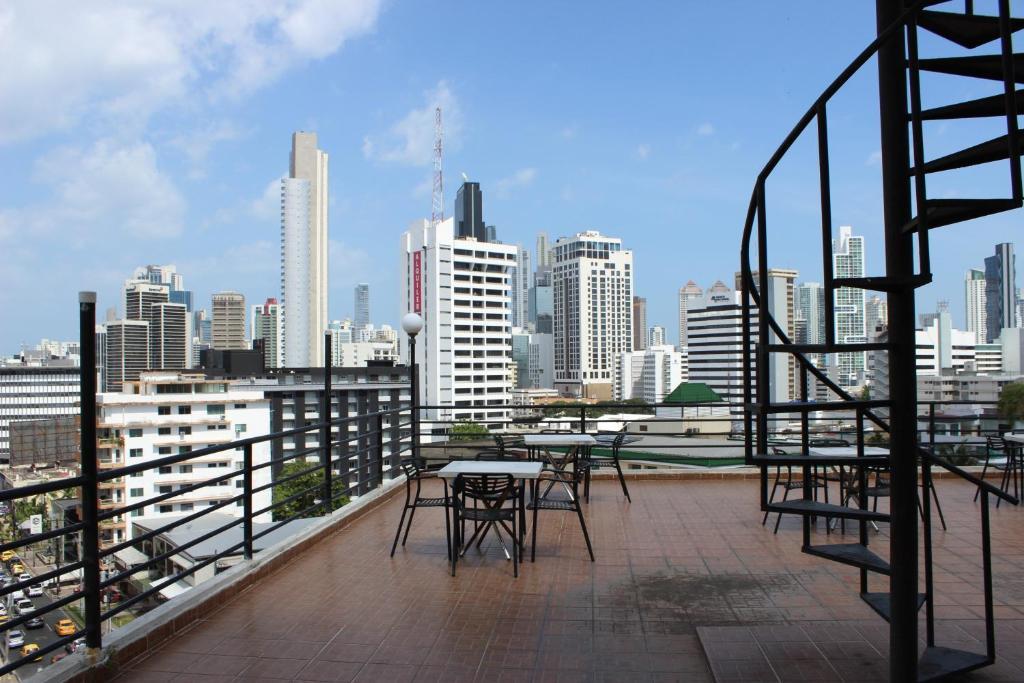 Hotel parador panam reserva tu hotel con viamichelin for Habitaciones familiares paradores