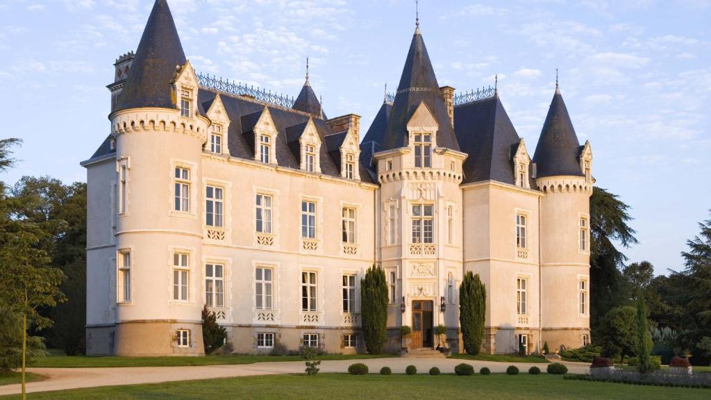 Chateau Anjou Hotel Restaurant