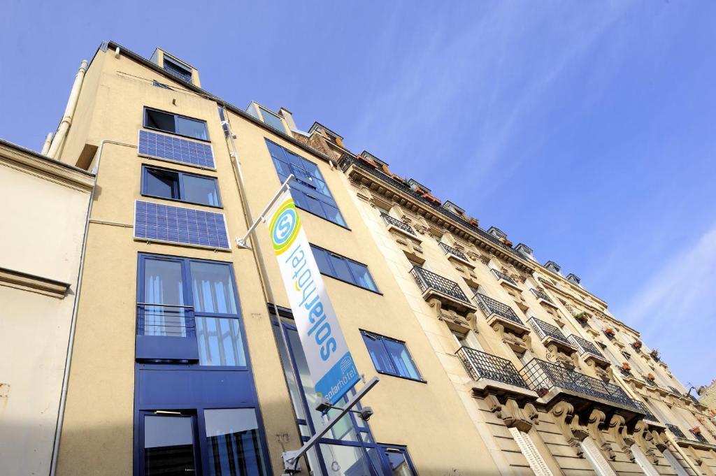 Solar hotel paris online booking viamichelin for Reservation hotels paris