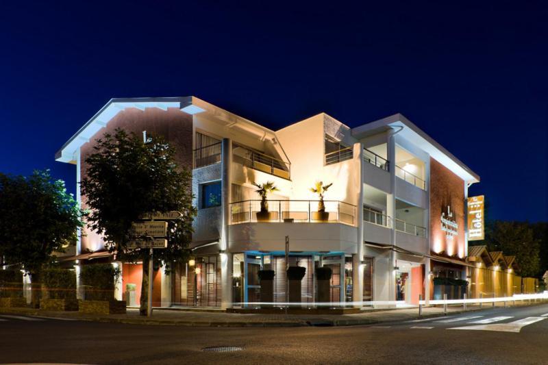 Hotel la guerini re gujan mestras for Apart hotel arcachon