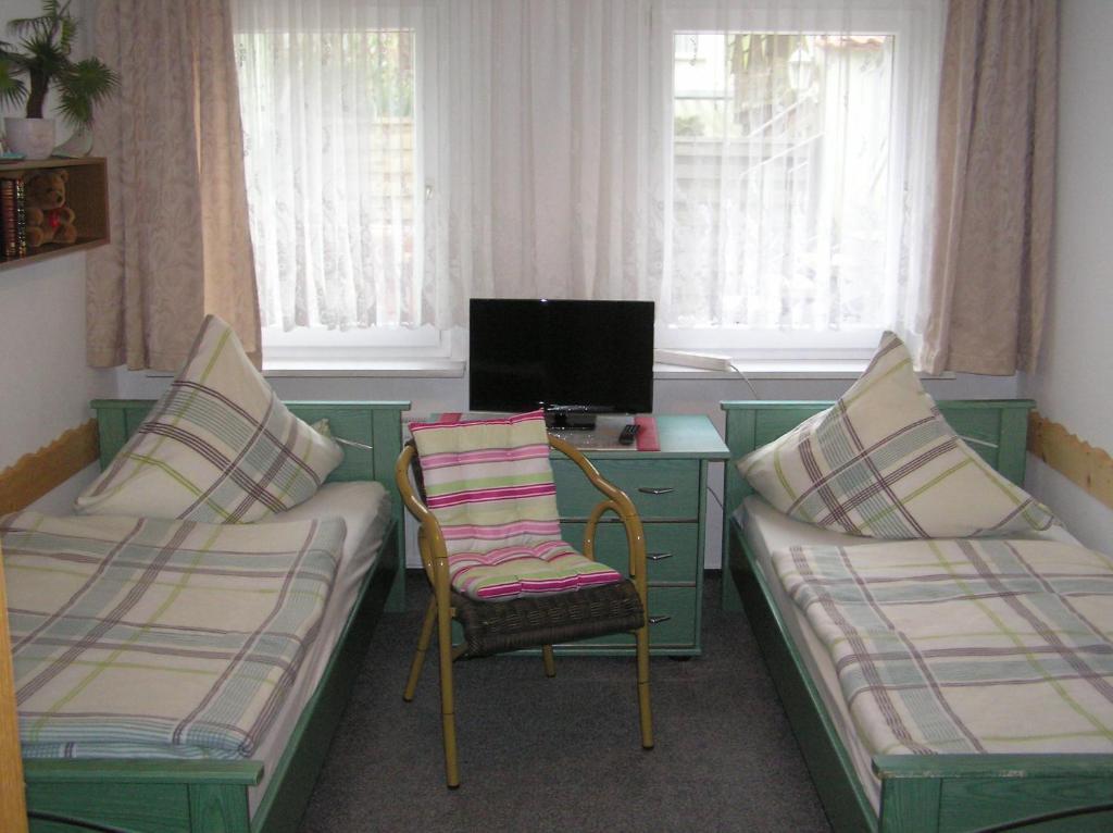 pension am peeneufer ug wolgast prenotazione on line viamichelin. Black Bedroom Furniture Sets. Home Design Ideas