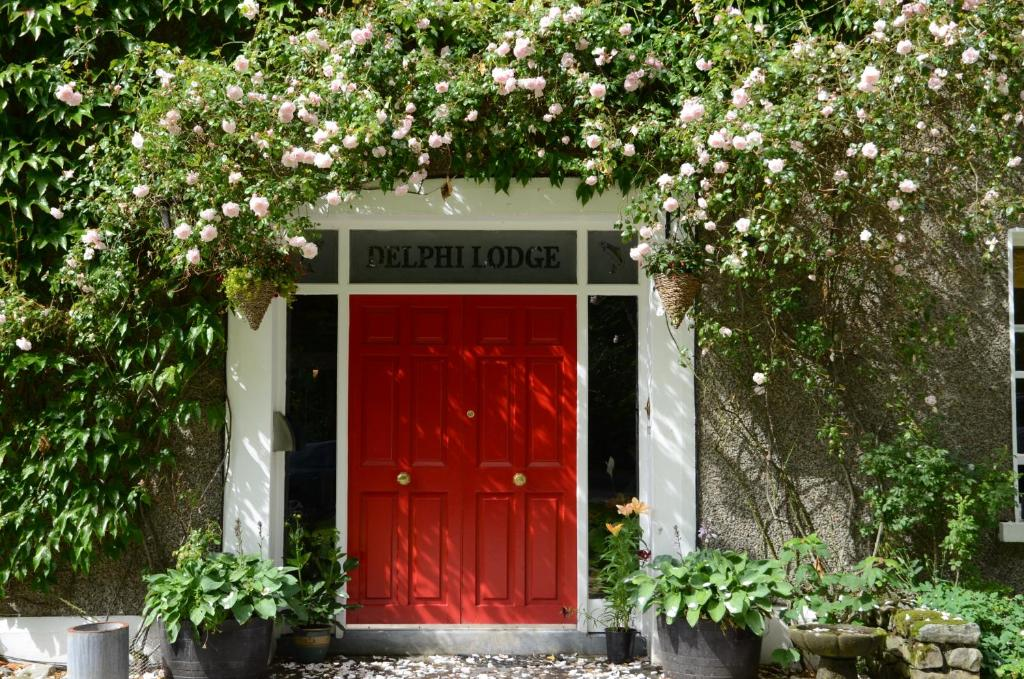 Delphi lodge westport