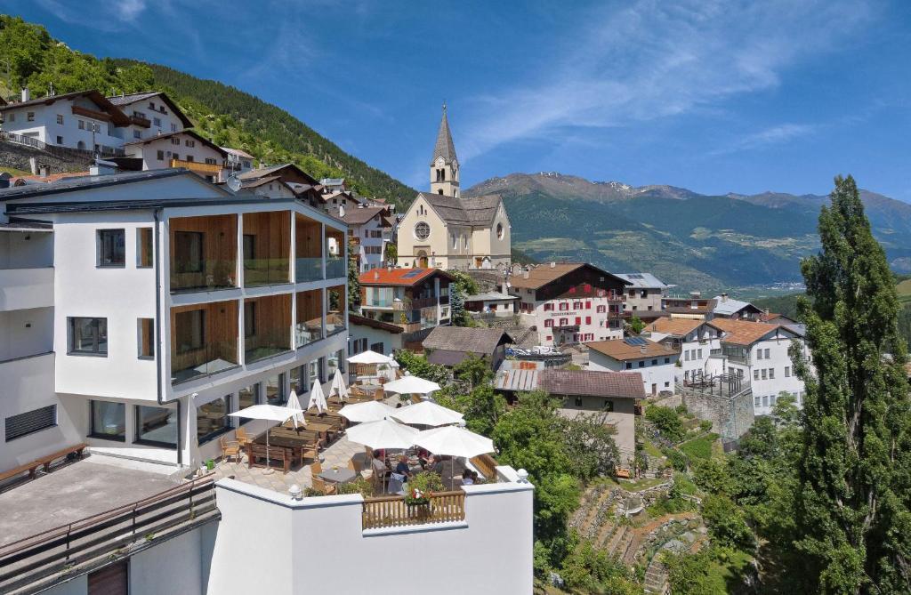 Hotel sonne prad am stilfser joch reserva tu hotel con for Habitaciones familiares italia