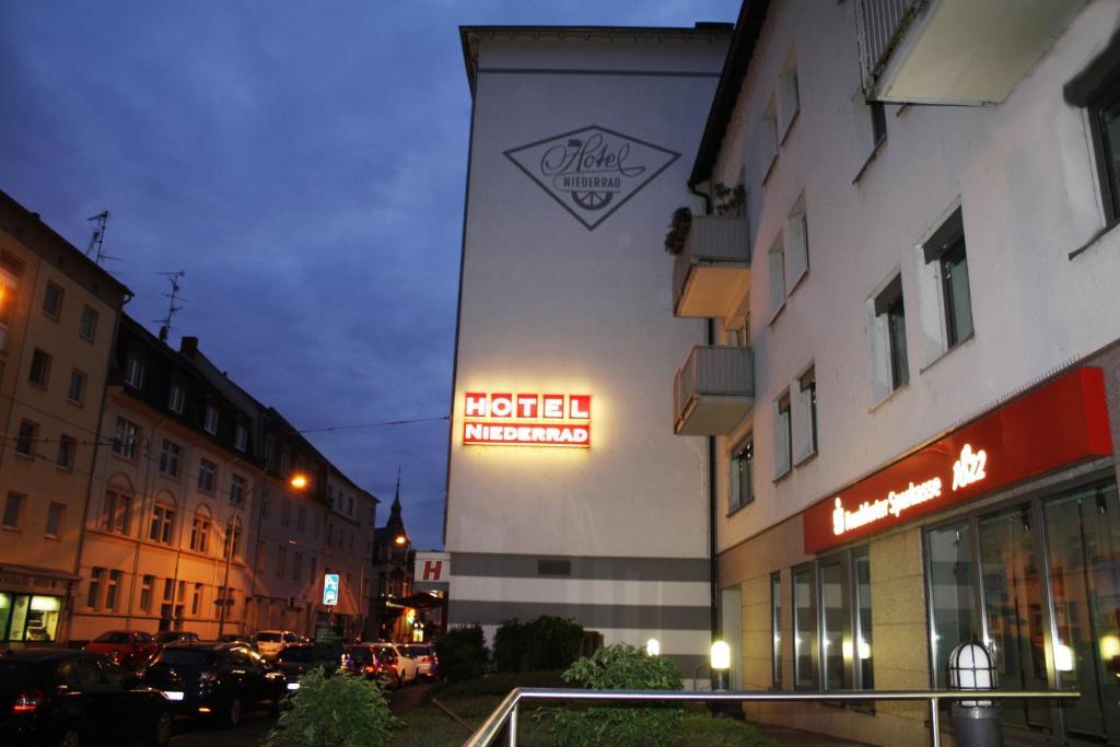 Hotel Niederraeder Hof