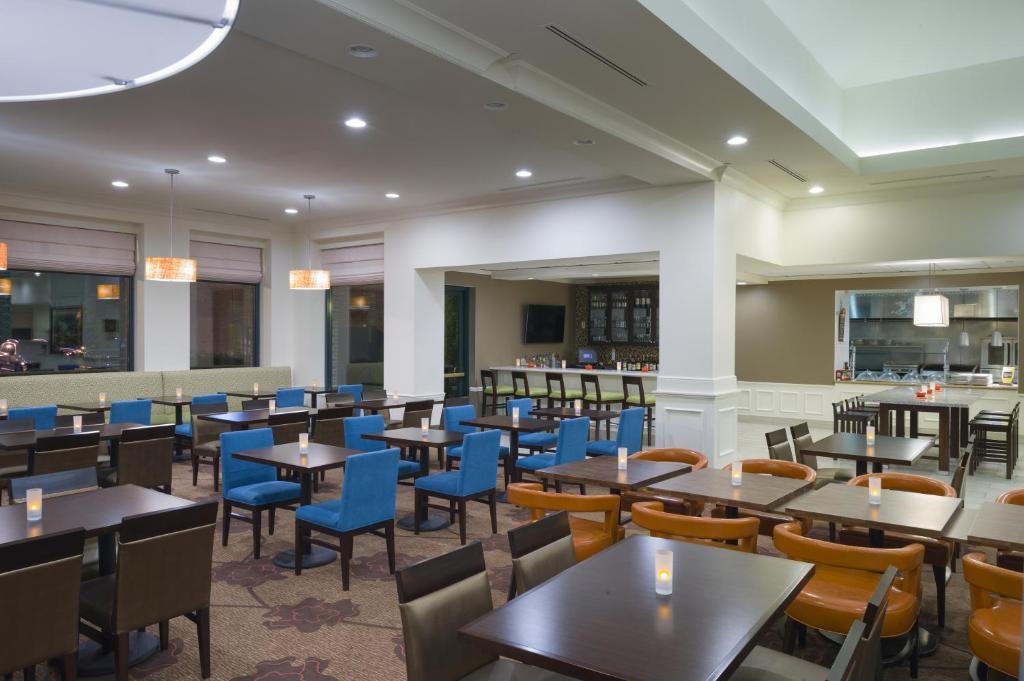 Hilton Garden Inn Hartford South Glastonbury Wethersfield Book Your Hotel With Viamichelin