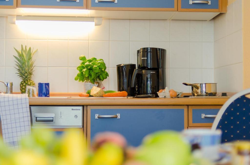 appartementhaus 39 villa norden 39 wohnungen in k hlungsborn. Black Bedroom Furniture Sets. Home Design Ideas