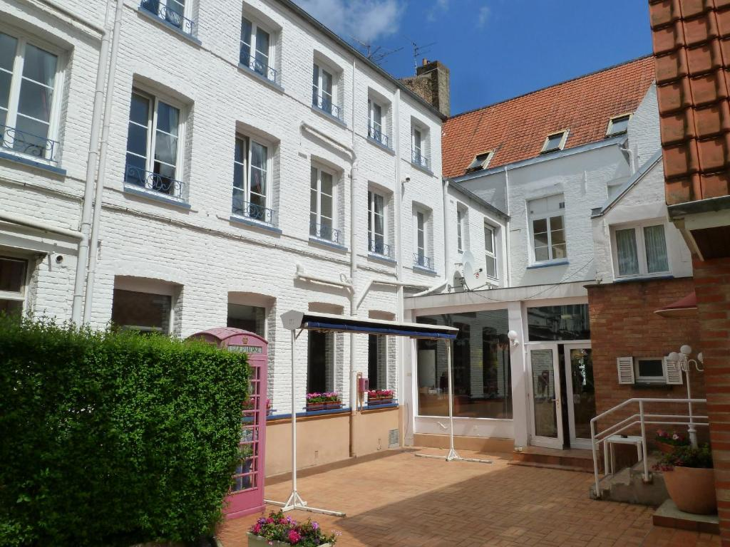 Hotel saint louis r servation gratuite sur viamichelin for Hotels saintes