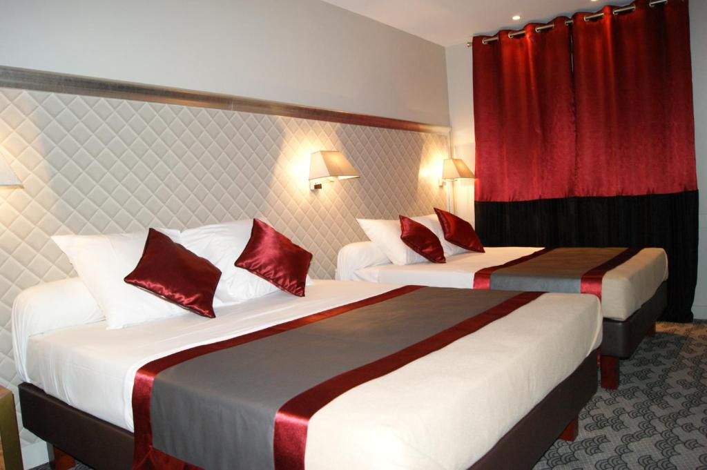 Hotel Kuntz  Rue Des Deux Gares  Paris