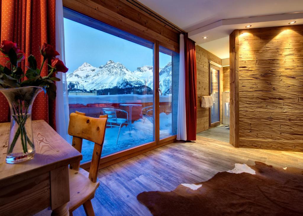 Arosa vetter hotel arosa prenotazione on line for Besondere hotels