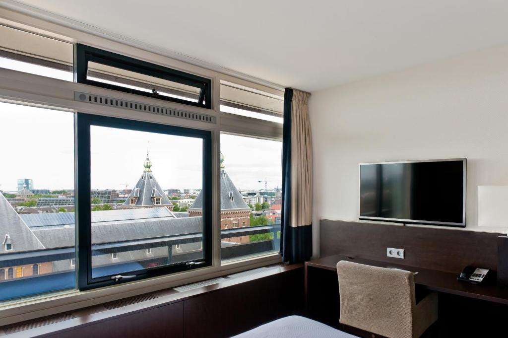 Tropen Hotel Amsterdam Booking