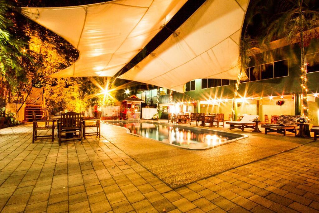 hideaway hotel port moresby online booking viamichelin. Black Bedroom Furniture Sets. Home Design Ideas