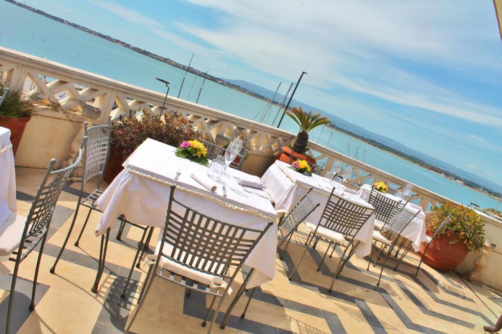 Grand hotel ortigia syracuse online booking viamichelin for Hotels in siracusa ortigia