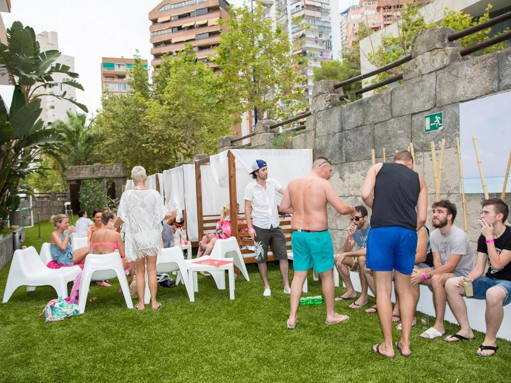 Apartments Benidorm Celebrations Pool Party Resort