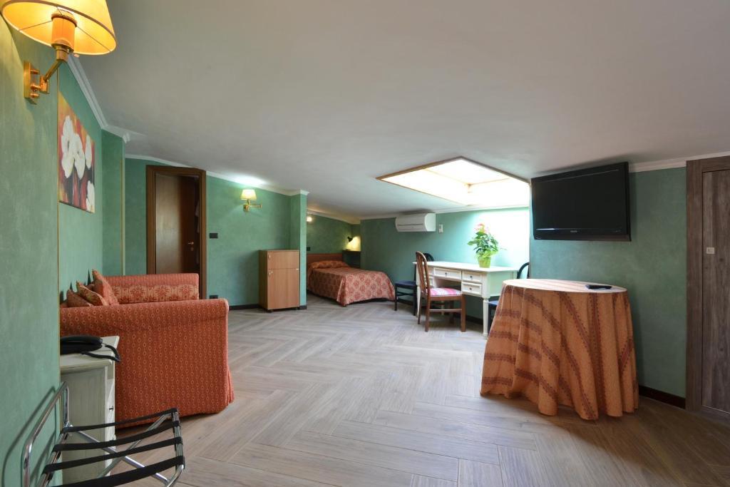 Hotel Plaza Torino Telefono