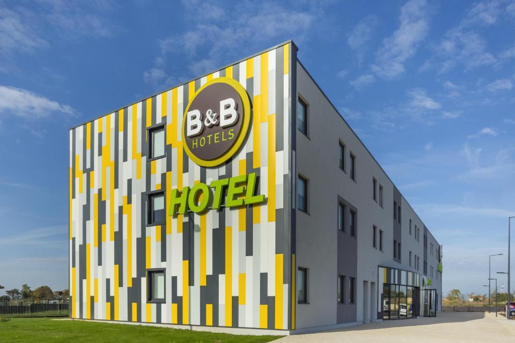 B B Hotel Niort Marais Poitevin Niort France