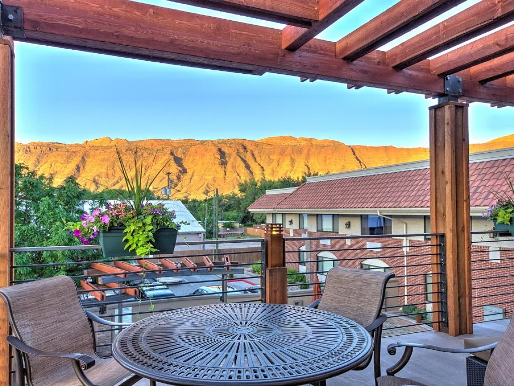 Best western plus canyonlands inn moab viamichelin for Best western moab