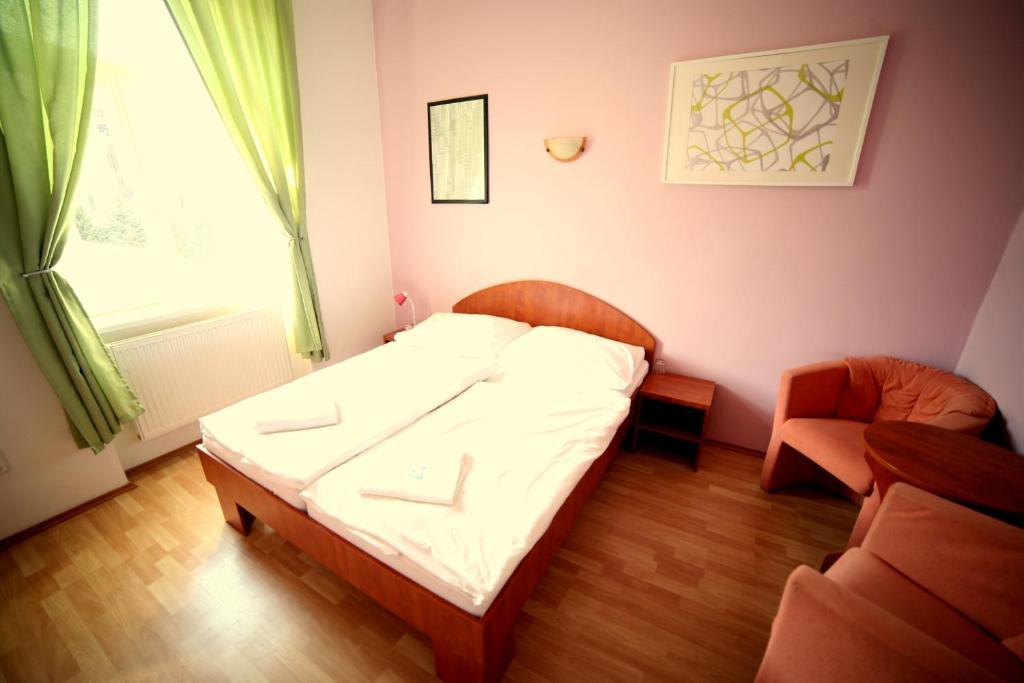 Bagno In Comune Hotel : Hotel artemision athens