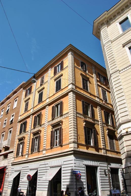 App leoncino design apartment in rome apartments in rome for Apartment design rome
