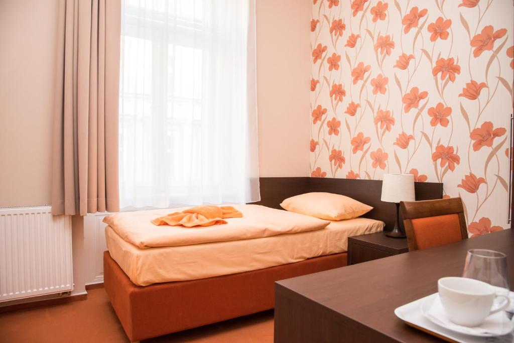 Domus apartments prague book your hotel with viamichelin for Domus apartments prague