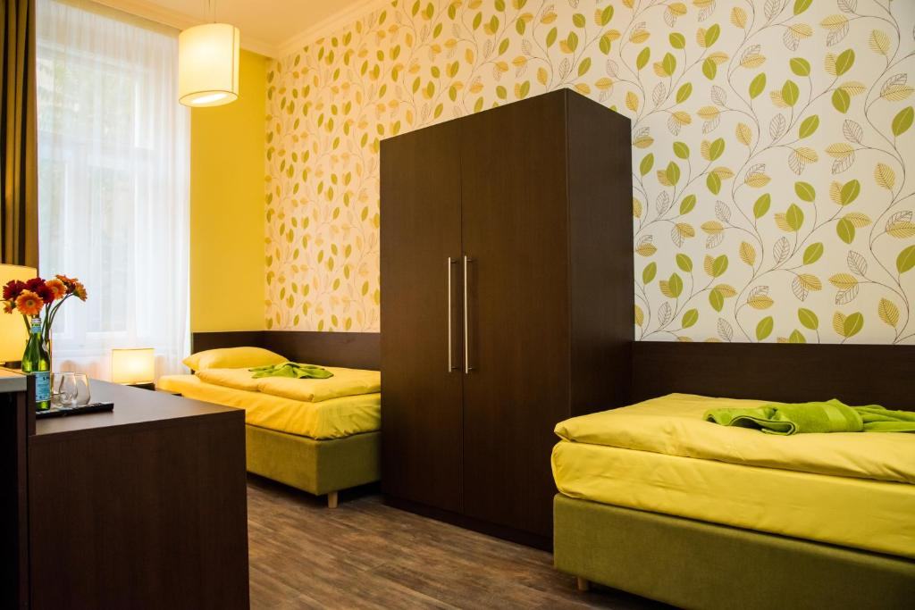 Domus apartments prague book your hotel with viamichelin for Domus prague