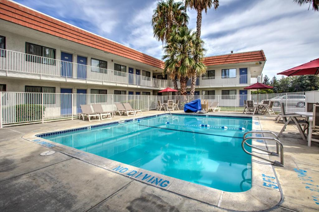 Motel 6 Vacaville Vacaville Online Booking Viamichelin
