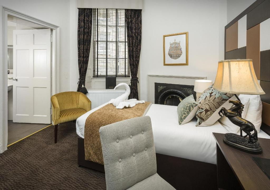 Albany Ballantrae Hotel Booking