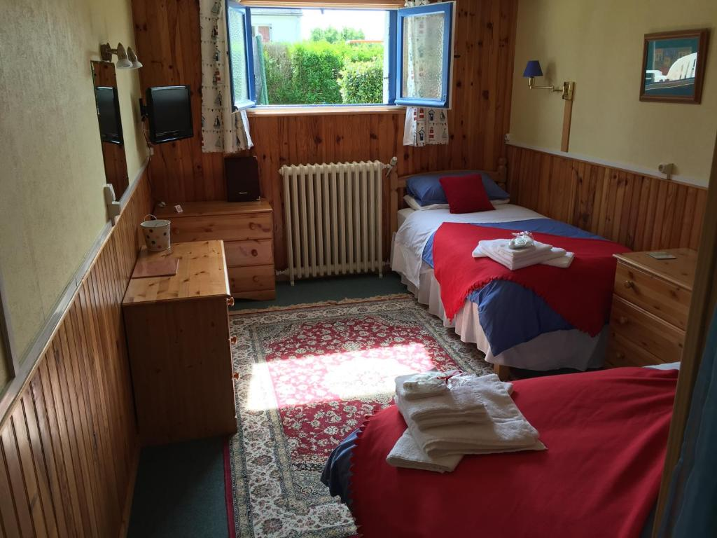 La petite chambre d 39 h te bed breakfast in langeais in for Azay le rideau chambre d hote