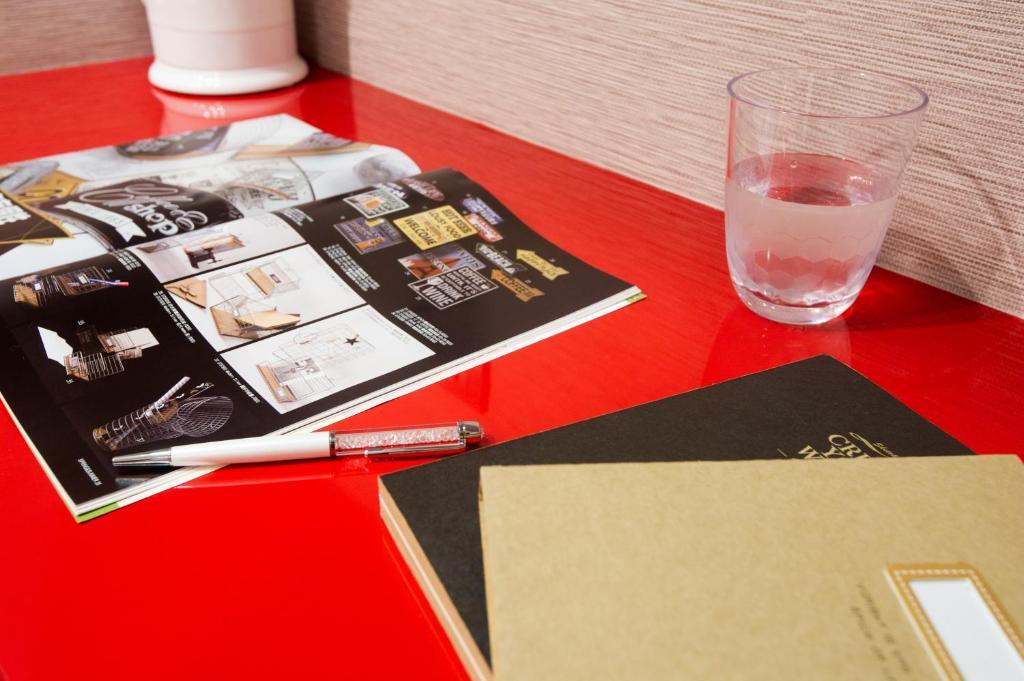 Design ximen hotel taipei online booking viamichelin for Design ximen hotel review