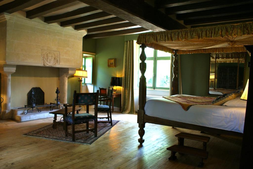 manoir de la touche azay le rideau book your hotel with viamichelin. Black Bedroom Furniture Sets. Home Design Ideas