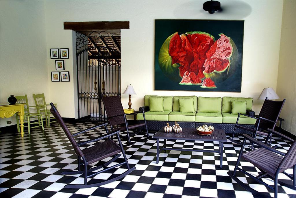 Hotel el convento le n reserva tu hotel con viamichelin for Habitaciones familiares leon
