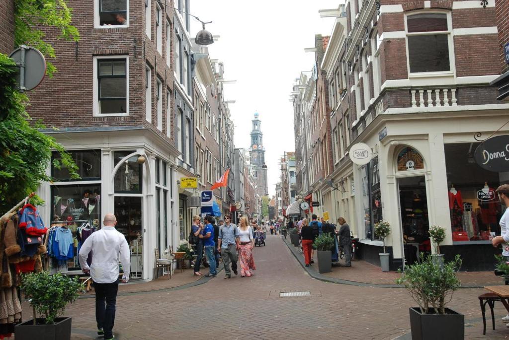 b u0026b jordaan corner  amsterdam  netherlands