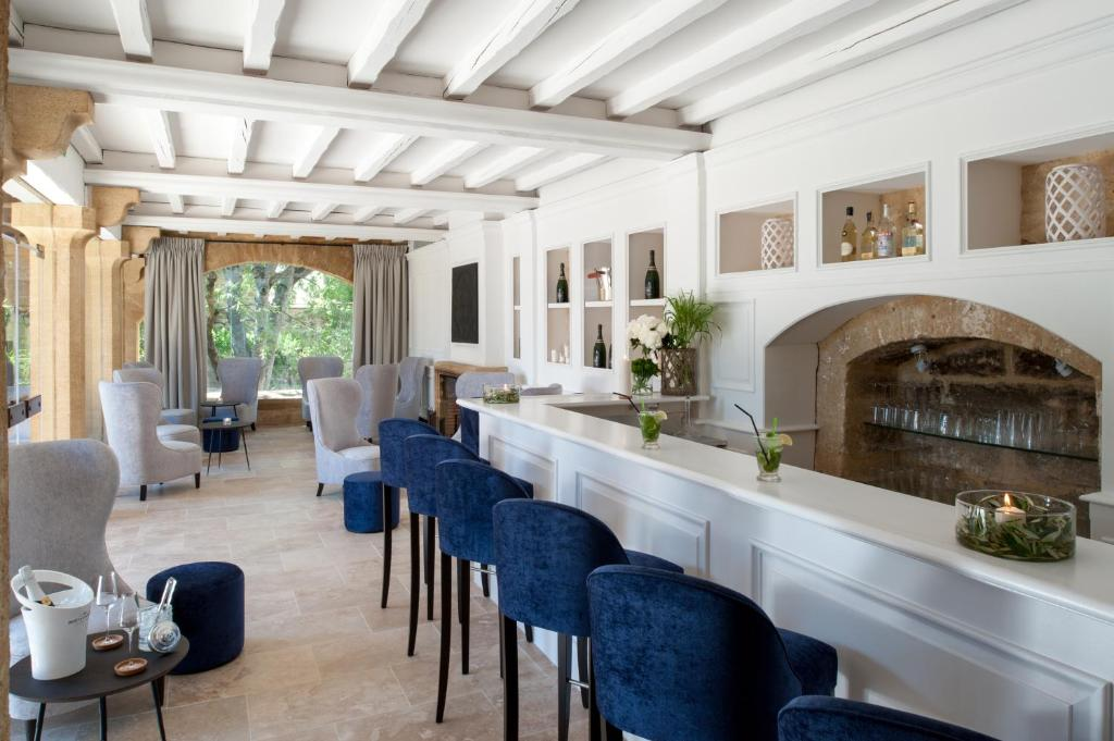 hotel le vieux castillon castillon du gard. Black Bedroom Furniture Sets. Home Design Ideas