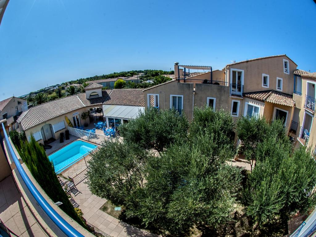 R sidence h teli re le leukos locations de vacances leucate for Residence hoteliere