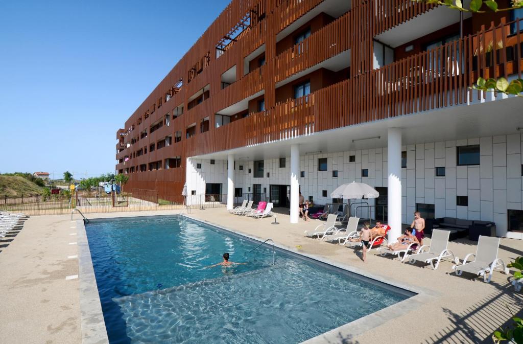 Odalys appart h tel terra gaia s te for Sete appart hotel