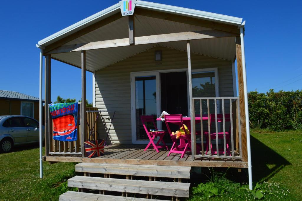 Camping la fontaine holiday houses saint malo for Camping saint malo avec piscine