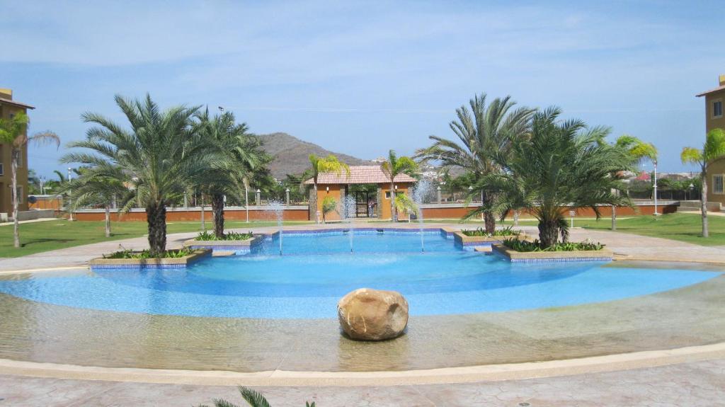 <div data-et-view=NAFQCDCcdXDPdFO:1</div Villa La Blanquilla