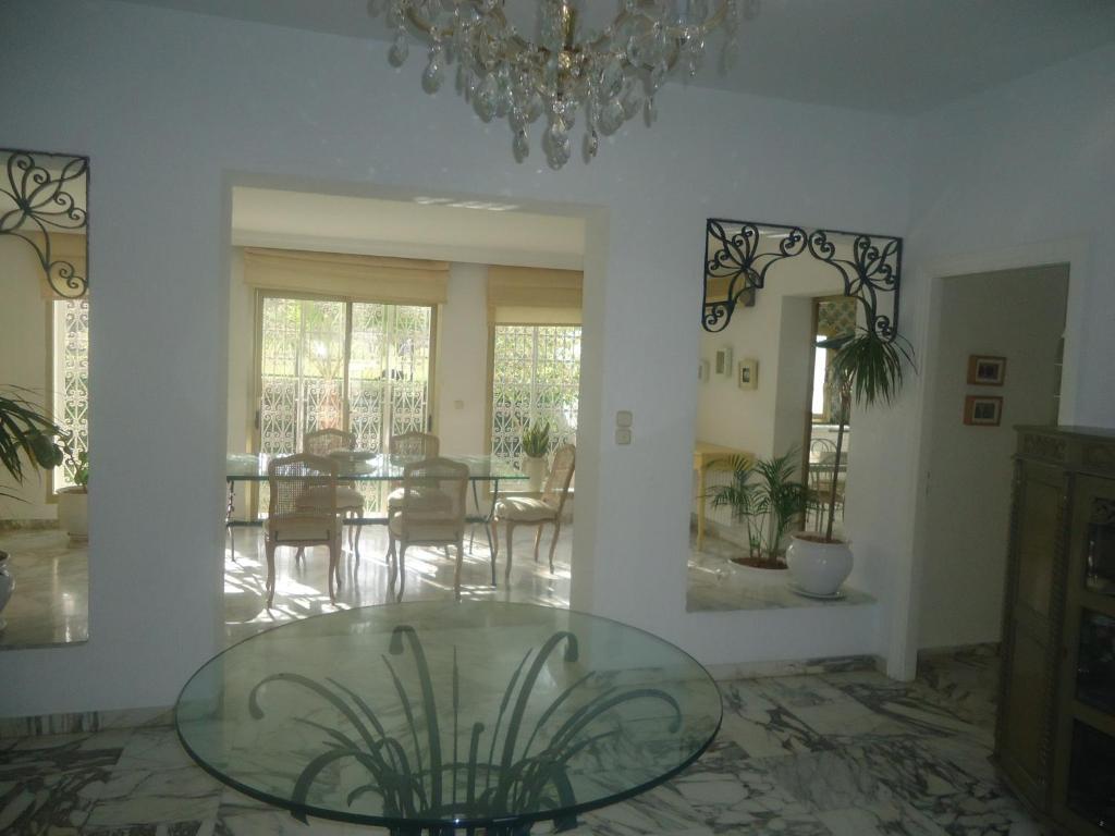 Villa avec piscine kantaoui port el kantaoui tunisia for Ardeche hotel avec piscine