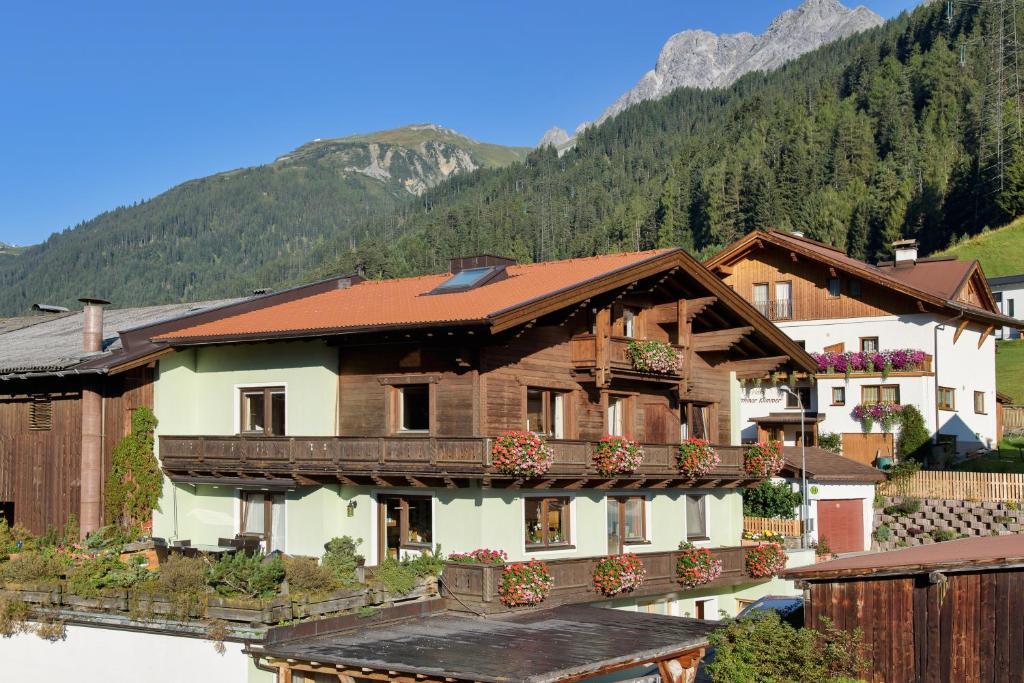Appartements rendl sankt anton am arlberg - Appartement de ville anton bazaliiskii ...