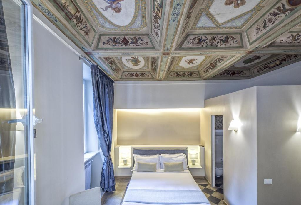 Chambres d 39 h tes little queen chambres d 39 h tes rome for Chambre hote rome
