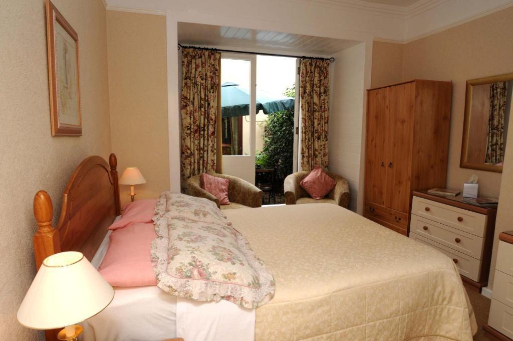 Abbey court guest house r servation gratuite sur viamichelin for Au jardin guest house riebeeckstad